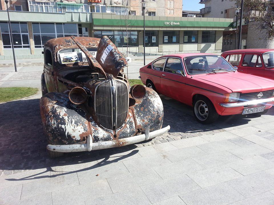 Mașini de epocă la Petroșani