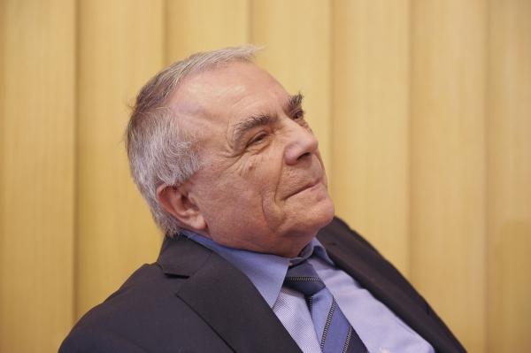 Nicolae Manolescu & Co